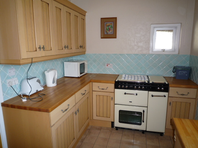 Carisbrooke Self Catering Holiday Cottage Style Bungalow